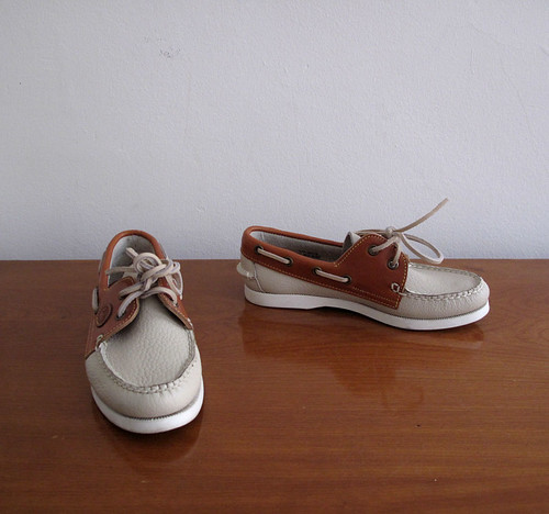 vintage Dooney & Bourke boat shoes