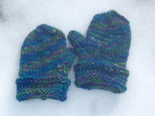 Unbelievably beautiful mittens
