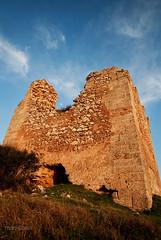 Torre Uluzzo - Nard (LE) (ma[mi]losa) Tags: italy moon nikon mediterraneo italia torre luna colori salento lecce mamilosa micheledefilippo