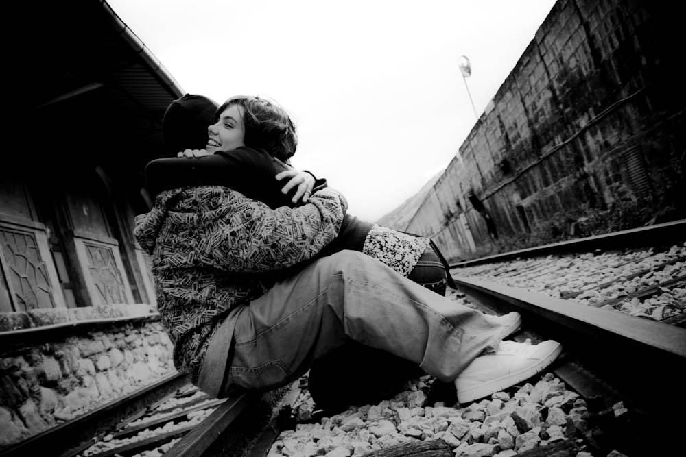 Tracks: Hug