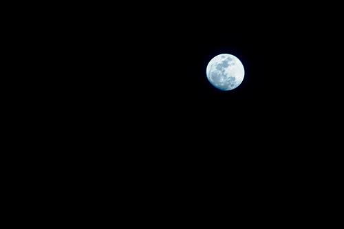 87.365_da_moon