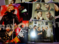 Livro e CDs novos (marcosvlmoraes) Tags: madonna revolver boyzone stickysweettour