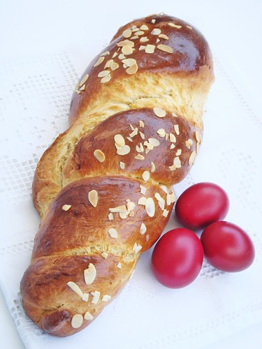 Tsoureki - Τσουρεκι, sweet greek easter bread
