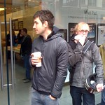 #digg @KevinRose just before he went into the San Francisco Apple store to get his #ipad thumbnail