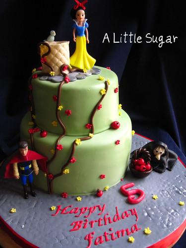 snow white cake front