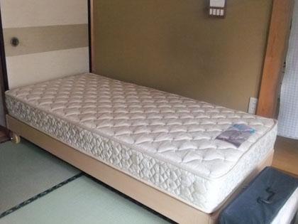 小さいベッド