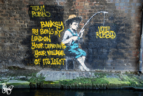 Team Robbo vs Banksy