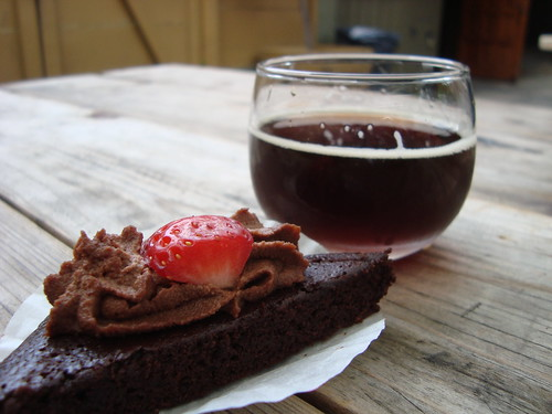 Brownie Bite & Kasteel Cuvee Du Chateau @ Sinfully Sweet Sunday @ Verdugo Bar