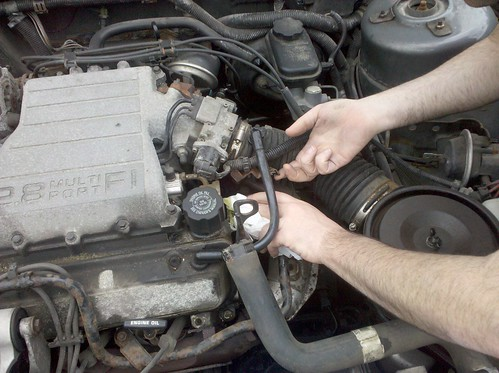 Pontiac Aztek O2 Sensor Location together with Bmw 328i Radiator Diagram moreover Wiring Harness For 2007 Saturn Vue further Watch furthermore 2007 Chevy Malibu Electrical Wiring Diagrams. on 2006 chevy silverado fuse box