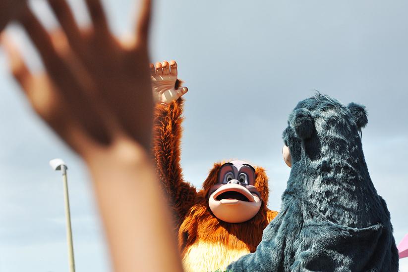 soteropoli.com fotos de salvador bahia brasil brazil parada walt disney 2010 mickey donald pluto nemo pooh toy story by tuniso (9)