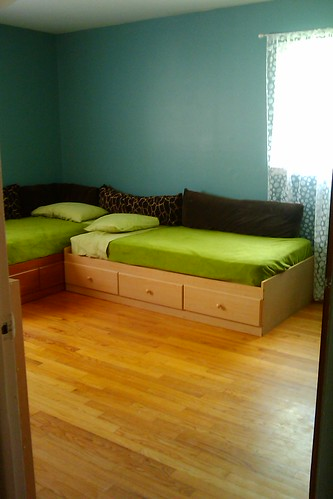 Kids room (10)