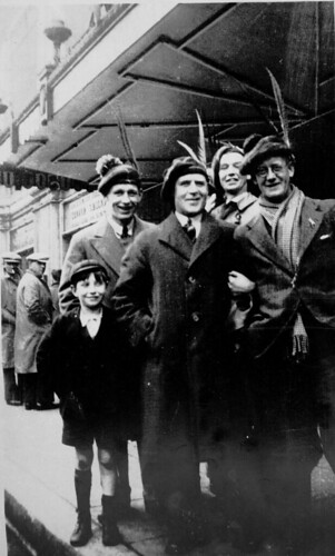 Going to Wembley, 1930s