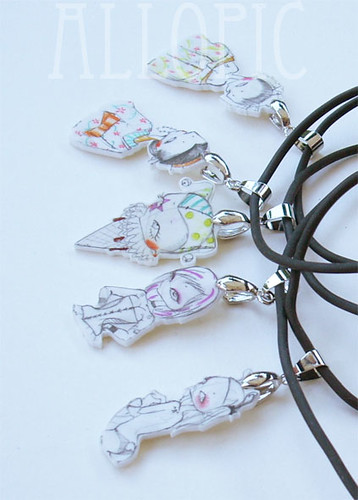 polyshrink necklaces