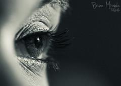 One look... (MIRANDA, Bruno) Tags: eye pb olho par belm brunomiranda gabrielaamaral