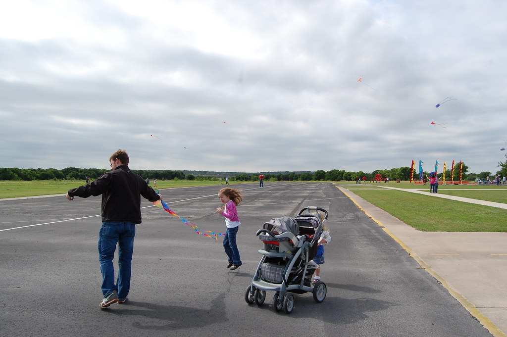 first time to fly a kite