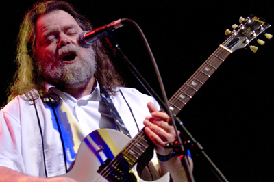roky_erickson_okkervil_river-music_box1