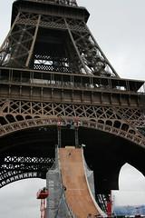 Taig Khris - Mega Jump @ Tour Eiffel, paris | 29.05.2010 (fabiengelle) Tags: world paris tower mobile jump extrem