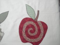 Tambem rsrsrsr (Patchwork Sonia Ascari) Tags: flores bird apple café feira toalha bolsa cozinha molde maça tubarao passaros riscos patchcolagem feagro braçodonortepatchwork
