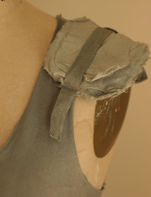 artLAB tank top shoulder pads 2