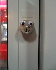 googly key