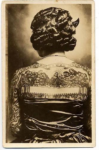 Tattoed lady by Gatochy.