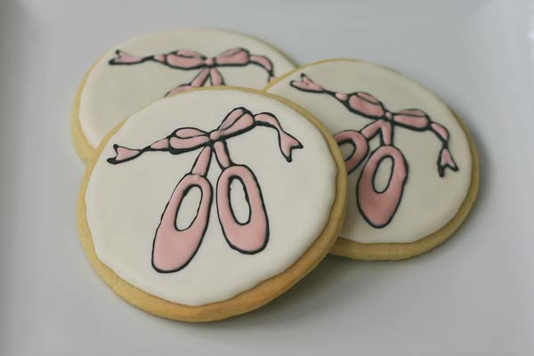 ballet shoes cookie