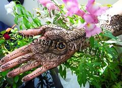 SundayHennaPalm (Sea to Sky Henna) Tags: canada floral tattoo vancouver design hand freehand henna mehendi bodyart mehndi matin mendi ponnie seatoskyhenna ponniematin