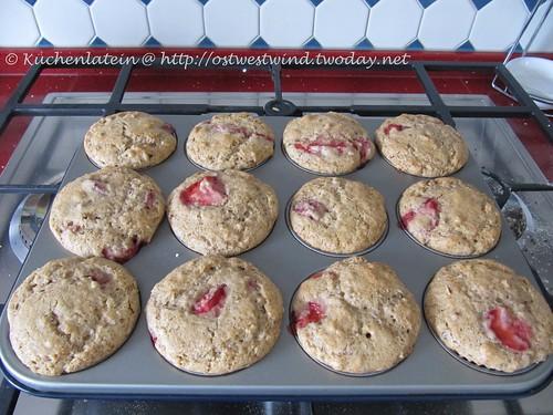 Erdbeer-Walnuss-Muffins 001