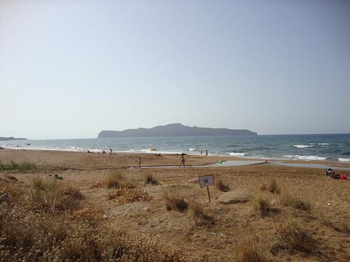 stalos beach overlooking thodorou island