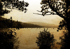 Loch Tay (albireo 2006) Tags: uk greatbritain wallpaper bw lake water monochrome silhouette sepia wow landscape lago scotland highlands alba britain background perthshire tay loch kenmore lochtay ecosse scozia kartpostal justpentax pentaxart