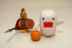 TRY TO TAKE BASKETBALL OFF ME NOW ! (kingkong21) Tags: lego domo spartan