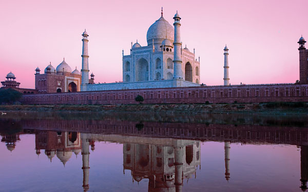 Places to visit in India in Agra
