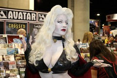 Lady Death at Avatar Booth (BelleChere) Tags: costume comic cosplay bellechere ladydeath brianpulido avatarpress