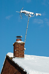 snow signal (casalewebNET) Tags: roof winter chimney house snow cold brick ice rooftop home broadcast weather television architecture analog frozen tv media technology snowy freezing frosty aerial pole reception broadcasting icy snowfall signal receiver antenna channel brickwork wintry airwave unitedkingdomofgreatbritainandnorthernireland
