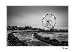 5D4_3791-2 (Paul Compton (PDphotography)) Tags: fair ground ride big wheel southport seaside atraction go kart sky landscape old