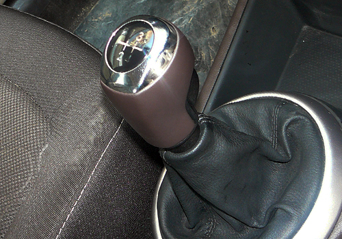 Hyundai I20 Interior. Hyundai i20 Gear Shifter