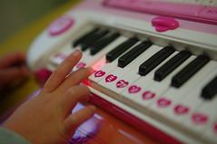 華の小さな手にぴったりの鍵盤