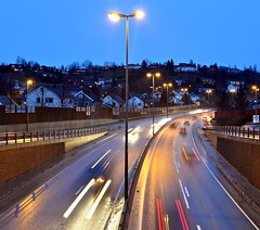 Trondheim, Norway. Omkjringsveien, Nardokrysset (ystenes) Tags: norway photography norge photo nikon foto norwegen 1001nights trondheim srtrndelag e6 norvege fotografi bilde magiccity trndelag d90 nikond90 drontheim midtnorge omkjringsveien tronhjem 1001nightsmagiccity mygearandmepremium mygearandmebronze nardokrysset mygearandmesilver mygearandmegold magiccty flickrstruereflection1 flickrstruereflection2 rememberthatmomentlevel1 rememberthatmomentlevel2
