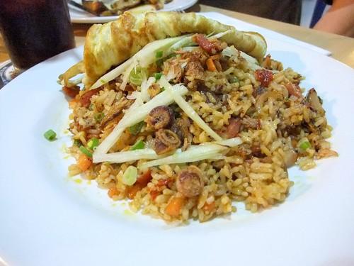 Nasi Lemak Goreng: Deliciously artery clogging fried rice!