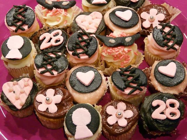 birthday heart mask mini cupcake corset keyhole chantalthomass