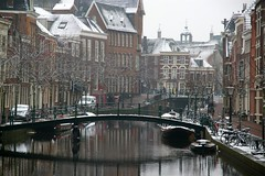 Leiden in winter (Johan_Leiden) Tags: city bridge winter snow holland netherlands dutch buildings town canal leiden nederland thenetherlands ouderijn