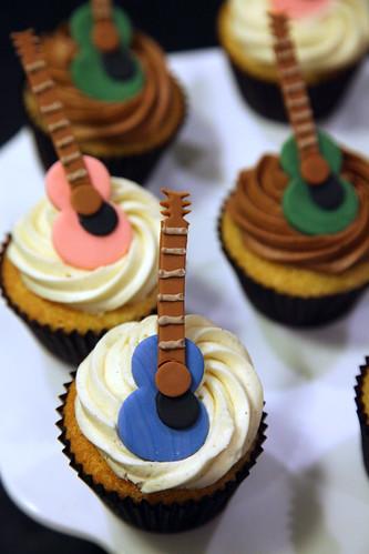 Rachel's guitar cupcakes