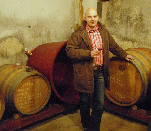 In the cellar with barriques and tonneaus