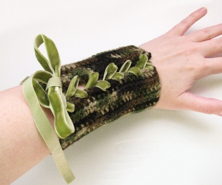 Crocheted Camouflage Wood Elf Bracers