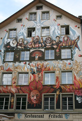 2009.05.06.214 LUCERNE - Faade peinte (alainmichot93 (Bonjour  tous)) Tags: architecture suisse luzern carnaval lucerne faade immeuble faadepeinte cantondelucerne fritshi
