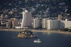 Acapulco (blueheronco) Tags: mexico acapulco guerrero acapulcobay bahiadeacapulco