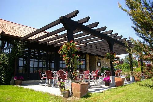 Terraza Exterior. (c) basalbobaserria.com