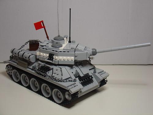 Как сделать танк из лего т 34