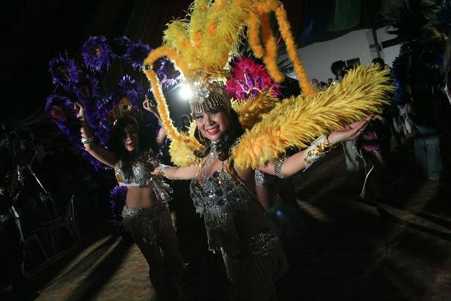 Escola de Samba de Manila Dancers