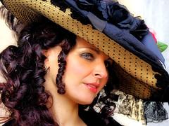 ...les lys repousseront au printemps...i gigli rinasceranno a primavera (Carnevale di Venezia)